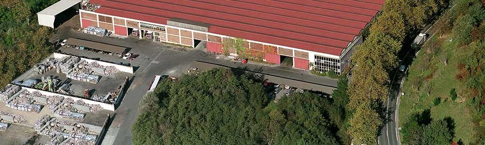 UCIN ALUMINIO, Fábrica de láminas de aluminio. Vista aérea de la fundición de aluminio en España.